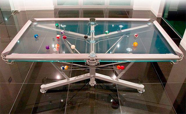 Transparent Glass Pool Table by Nottage Design - 25.000€
