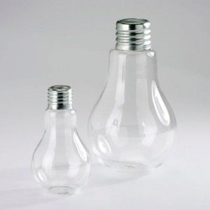 Vase ampoule by AM.PM - 22€