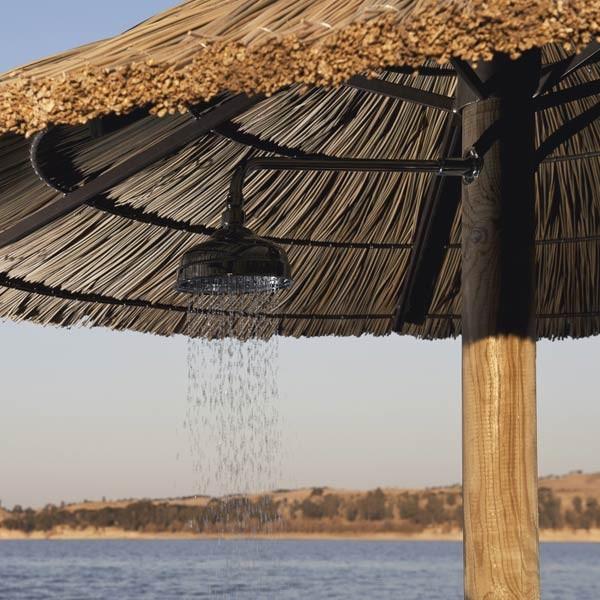 Parasol exotique + douche by Brin d'ombre - 1190€
