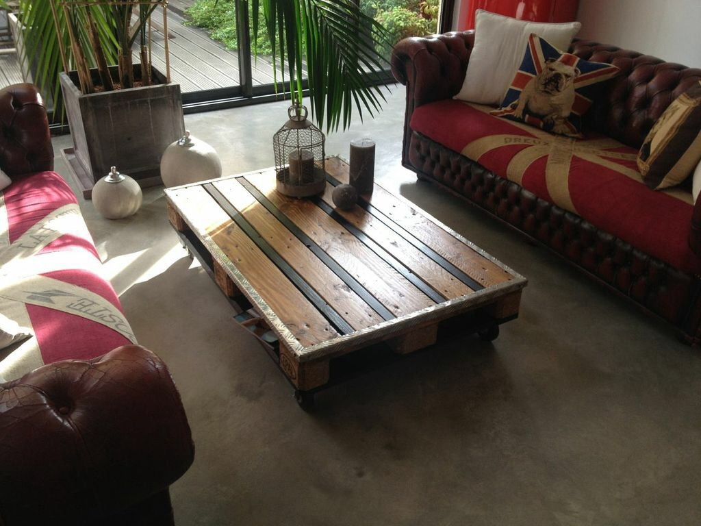 Table basse Palette by Laura Nakache - 300€