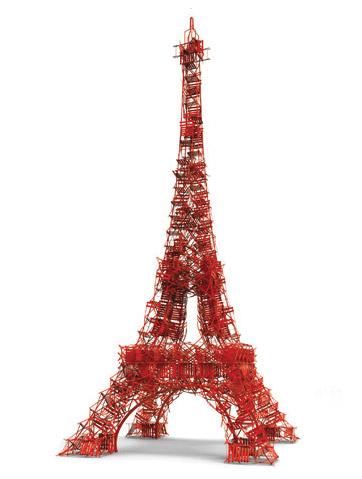 Photo © Fermob. Tour eiffel Fermob rouge Paris anniversaire quai de Seine chaise bistro. www.clemaroundthecorner.com.