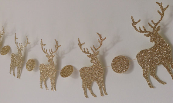 Guirlande de rennes dorés by Cardoodle - 7,20€
