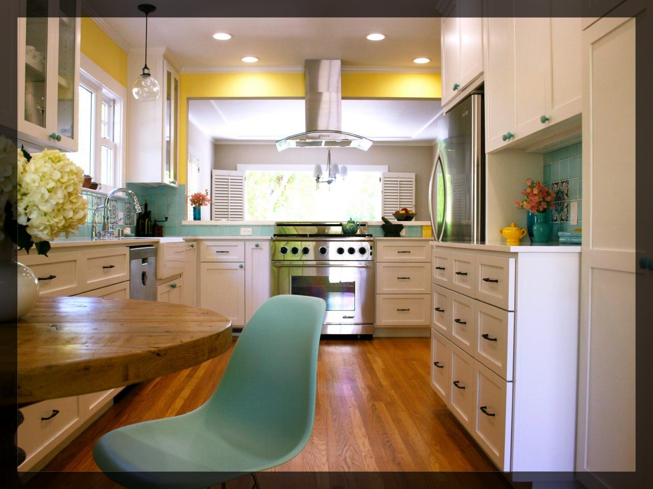 301 moved permanently for Blue kitchen cabinets with yellow walls