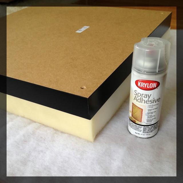transformez votre table basse ikea lack en un pouf blog d co blog diy clem around the corner. Black Bedroom Furniture Sets. Home Design Ideas