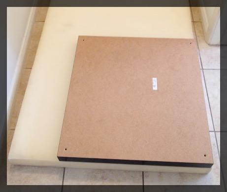 ikea hack pouf transformer votre table basse clemaroundthecorner. Black Bedroom Furniture Sets. Home Design Ideas
