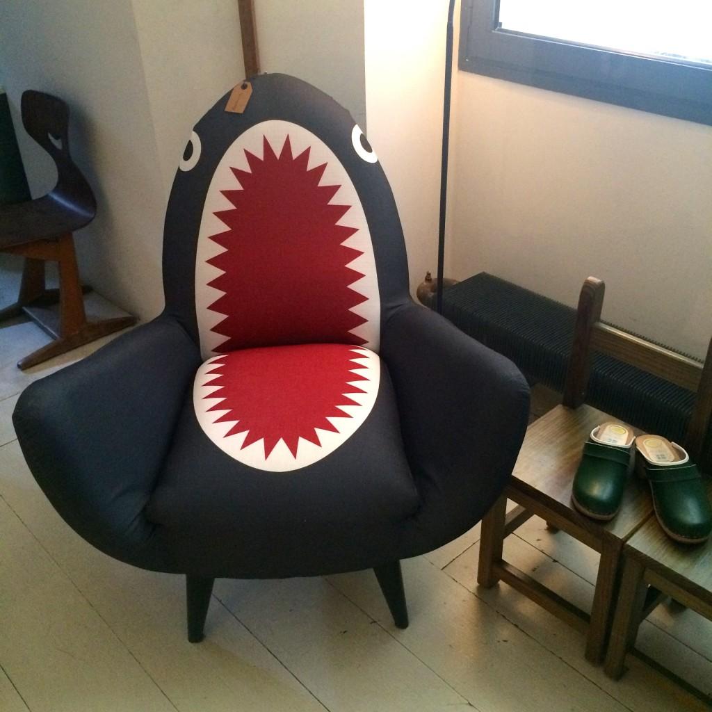 Fauteuil requin shark Made.com Rodnik. www.clemaroundthecorner.com