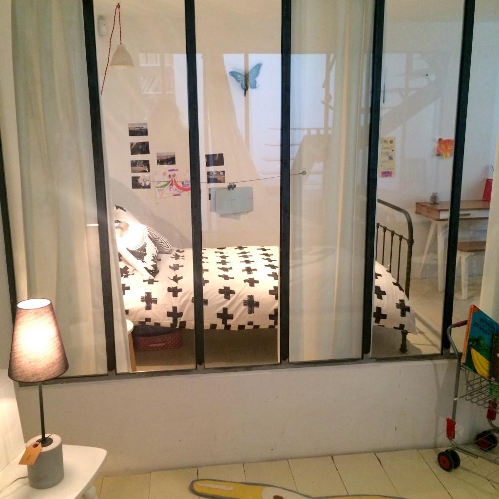 Lampe de table de bureau ira made.com. www.clemaroundthecorner.com