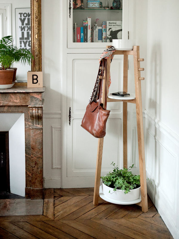Portemanteau bellila fleur plantes pot vide pots bois et blanc design made in france. www.clemaroundthecorner.com.
