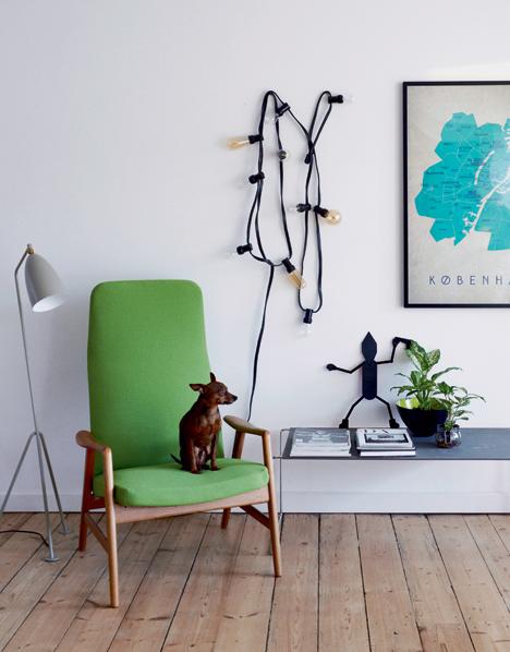 salon décoration vintage retro fauteuil scandinave années 50 vert pomme - blog déco - clem around the corner