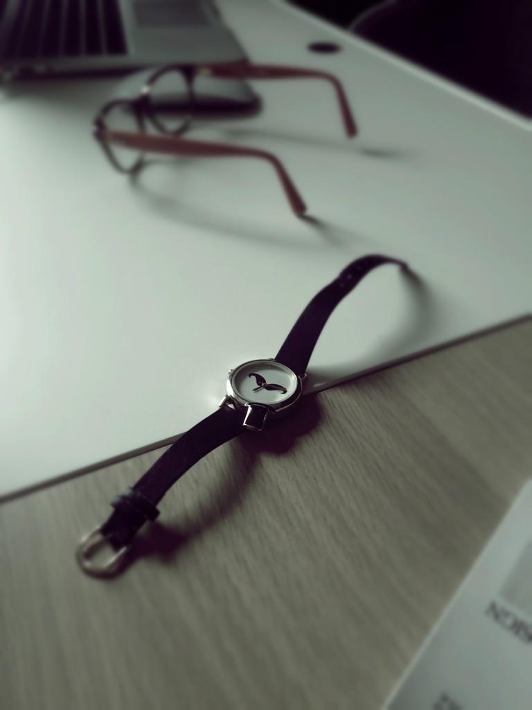 Montre chapeau lunettes asos bureau