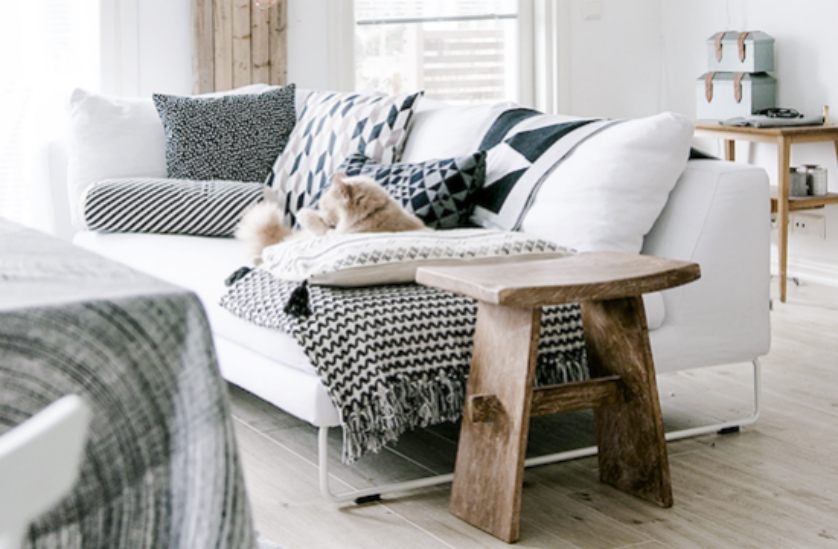 Coussin scandinave d coration salon blog d co clem around the corner - Deco cocooning pas cher ...