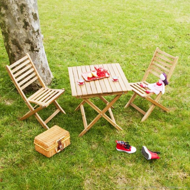 Salon de jardin pour enfant bois acacia chaise table.