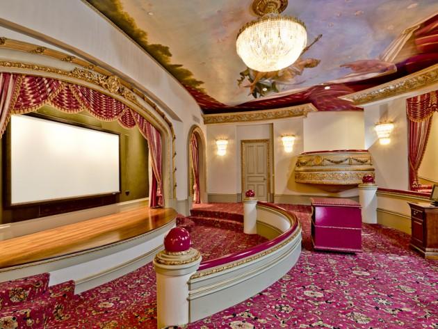 manoir texas coco chanel inspiration vaux le vicomte salle de cinema.