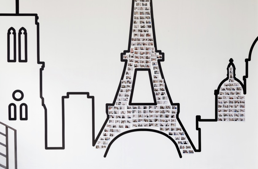 dessin asking tape tour eiffel mur