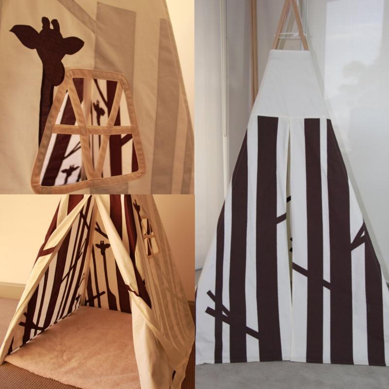 ClemAroundthecorner tipi pour chambre d'enfant girafe savane noir et blanc.