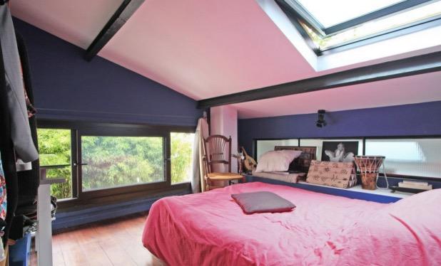 chambre d'invites sous les toits.