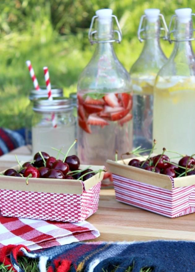 cerise limonade et eau aromatisée pique nique chic d'été