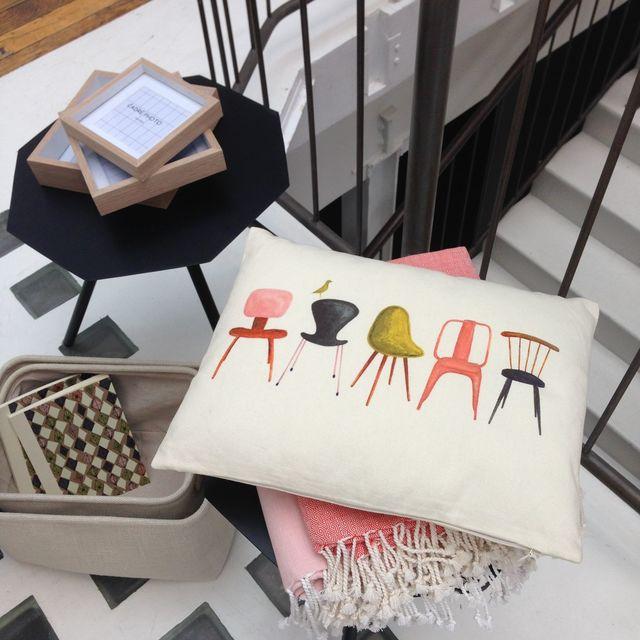 coussin dessin chaise monoprix
