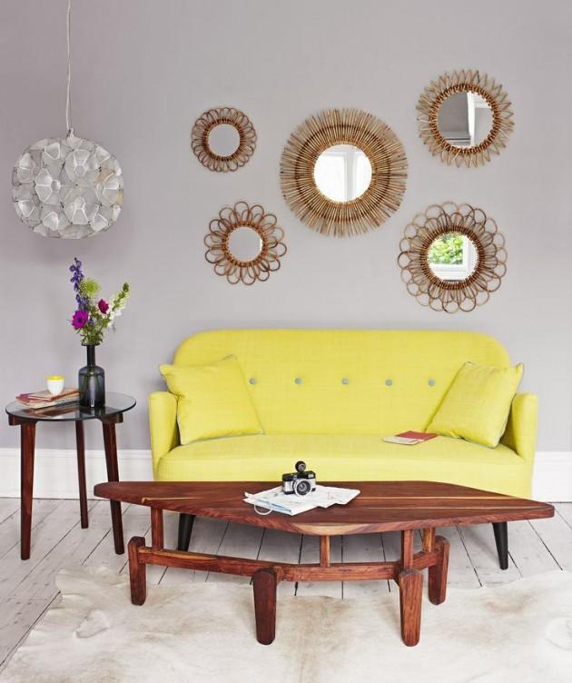 mur de miroirs rotin decoratif canape jaune.
