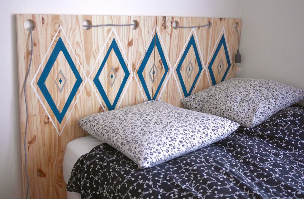 10 id es pour faire soi m me sa t te de lit diy blog. Black Bedroom Furniture Sets. Home Design Ideas
