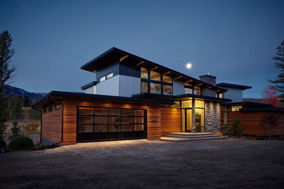 maison ouverte sur la nature canada nuit.