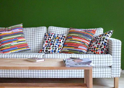 Canapé tissu petit carreau