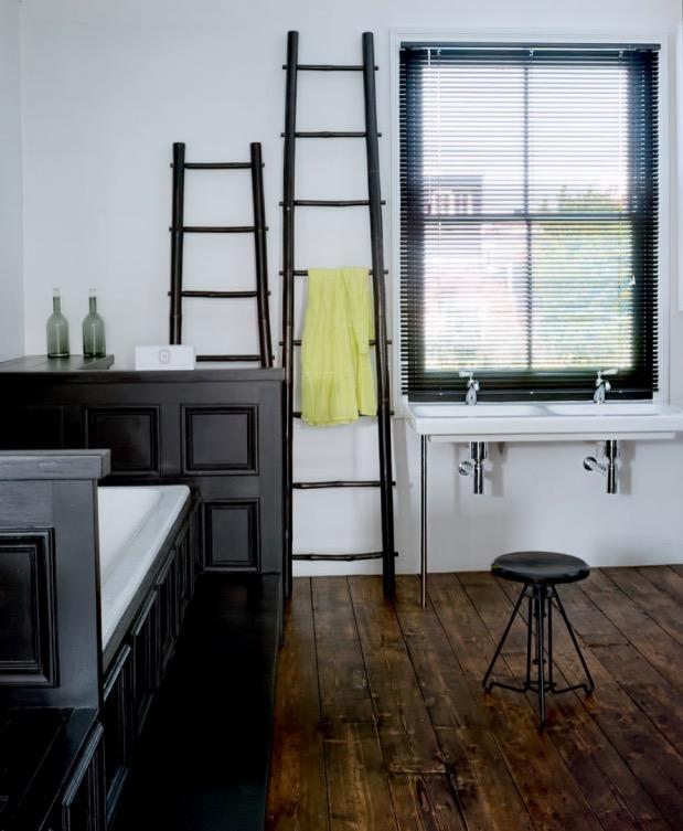 salle de bain noire loft