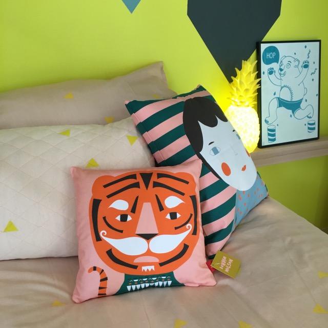 coussin deco lit enfant clemaroundthecorner.com