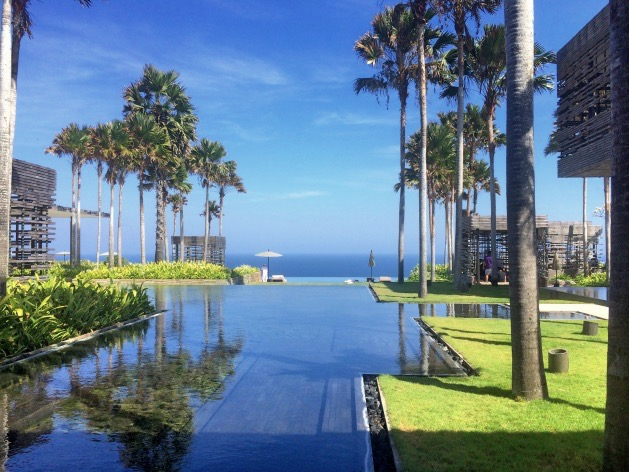 Alila Villas Uluwatu clem around the corner blog