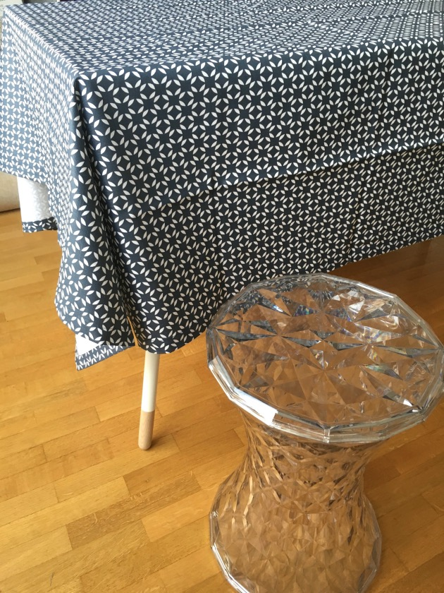 Set de table en papier jetable blog d co clem around the corner - Nappe carreaux de ciment ...