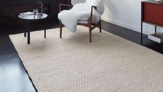 Tapis knit - à partir de 229€.
