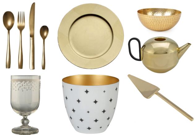 Table de Noel dorée : assiette, couverts, verre...