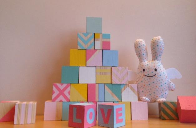 DIY cubes en bois geometriques pour bebe