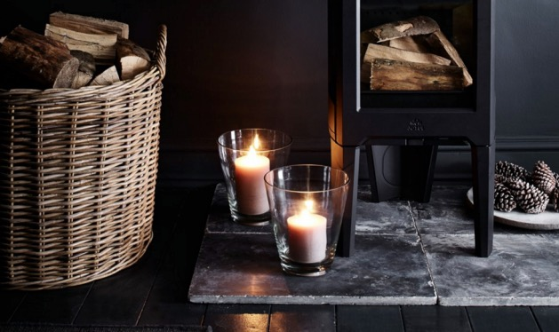 ambiance hivernale cheminee bougie mur noir