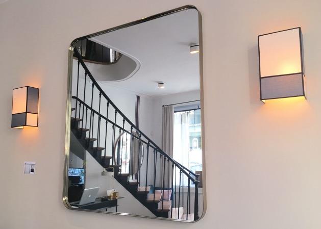 grand miroir carré laiton