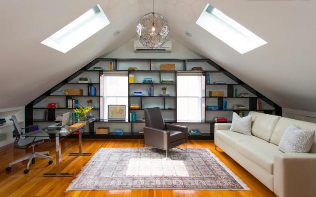 Bibliothèque sous les toits dans les combes