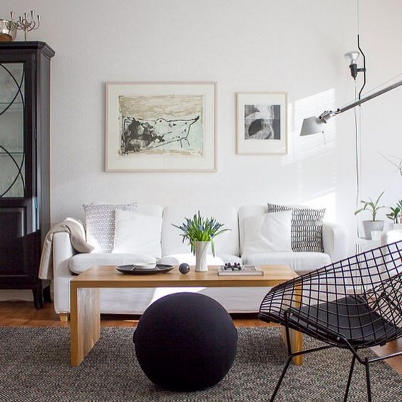 salon interieur scandinave chaise diamond knoll