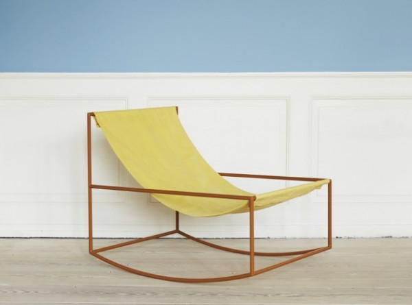 fauteuil à bascule minimaliste