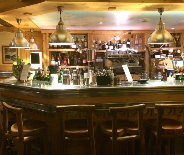 bar hotel le chalet mounier