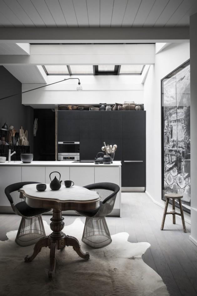 cuisine intérieur aux murs noirs
