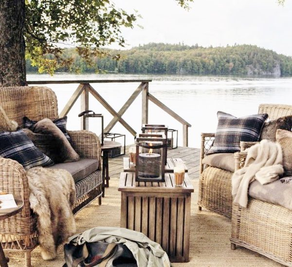 terrasse aménagée vu sur le lac