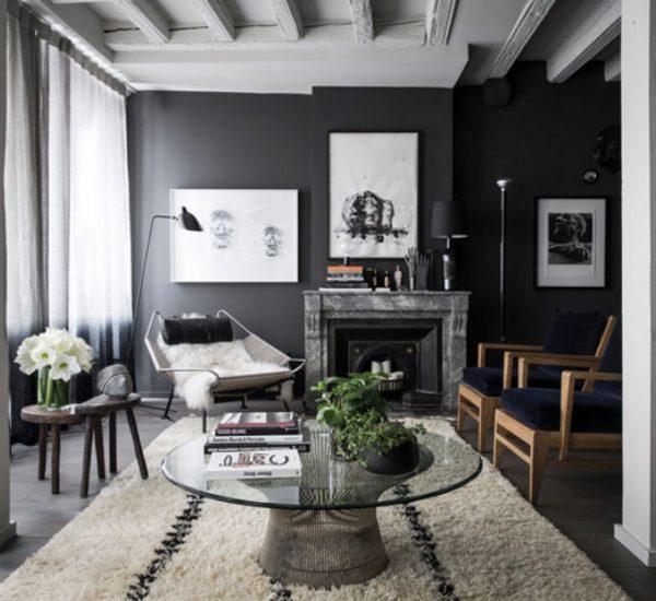 intérieur aux mur noirs et blancs