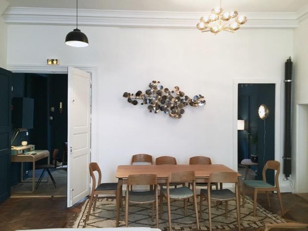 visite l 39 appartement red edition clem around the corner. Black Bedroom Furniture Sets. Home Design Ideas