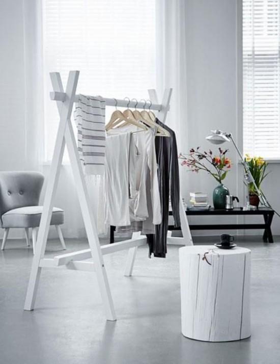 penderie ouverte pour exposer ses v tements blog d co clem. Black Bedroom Furniture Sets. Home Design Ideas