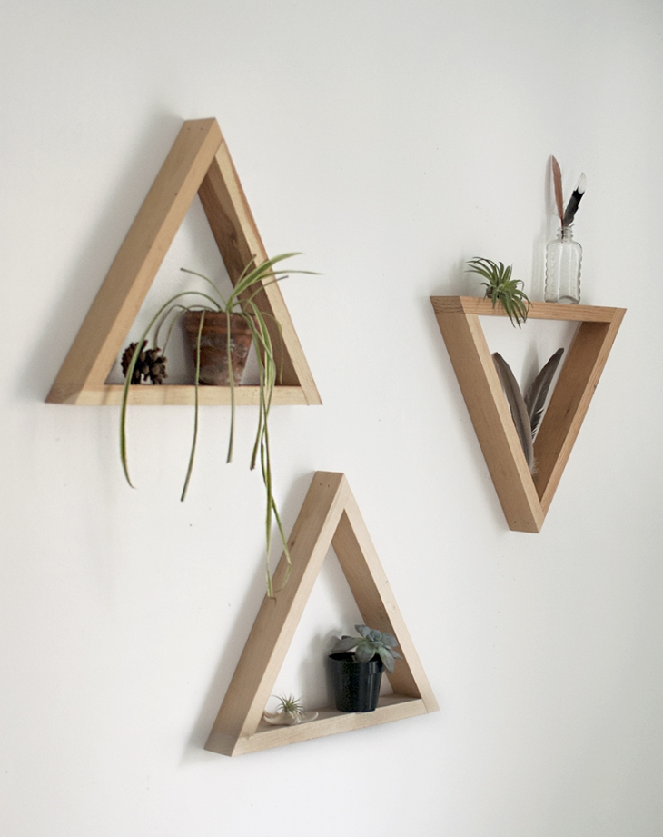 DIY etagere triangle en bois tutoriel