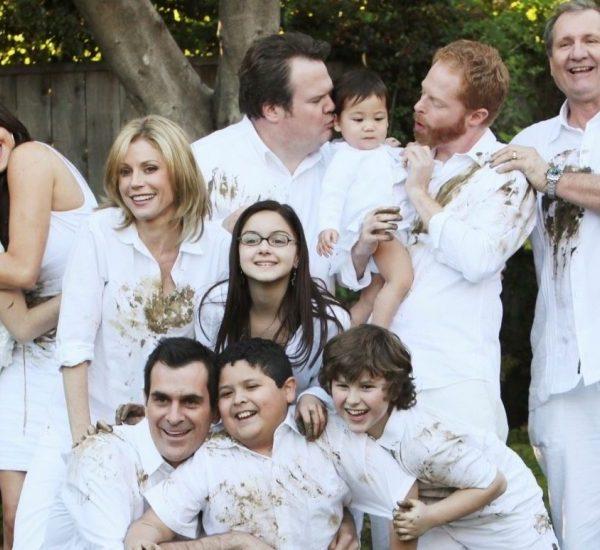 decoration modern family portrait en blanc
