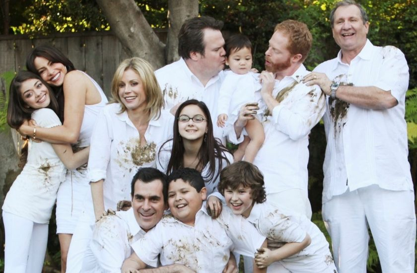 decoration modern family portrait en blanc