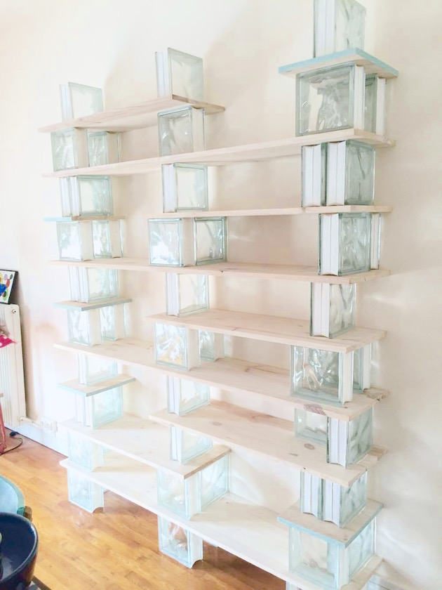 diy biblioth que en bois et verre blog deco clem around the corner. Black Bedroom Furniture Sets. Home Design Ideas