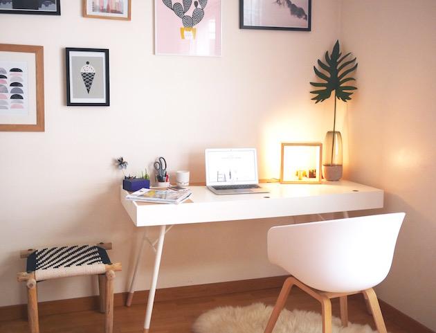 coin bureau angle piece salon studio mur de cadres