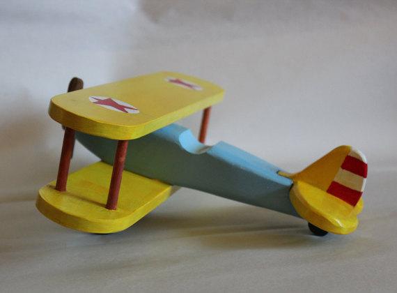 Avion jeux en bois fait-mains